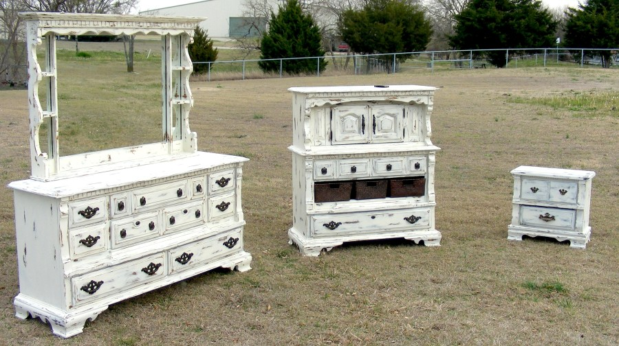 Painting Bedroom Furniture Antique White